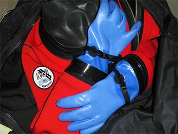 DUI Dry Gloves Review