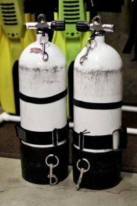 sidemount cylinder configuration